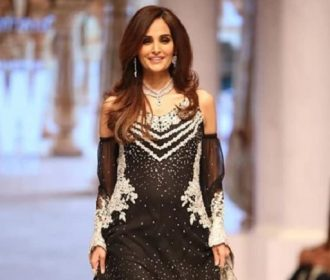 Video 📹 |Pregnant Model Mehreen Syed Thanks Fans For Their Love After She Fell On The Ramp